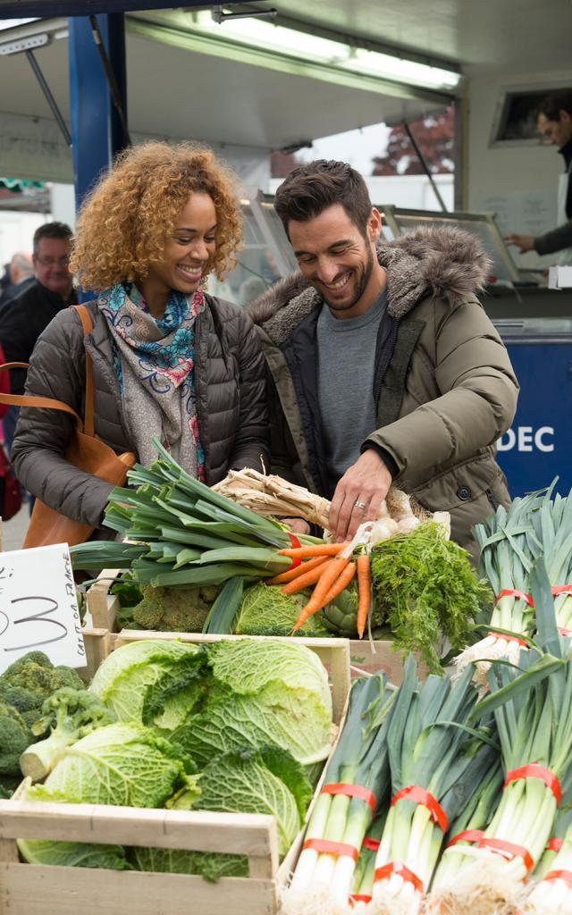 Étal de légume au marché à Douarnenez