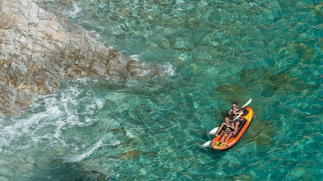 Kayak sur la presqu'île de Crozon
