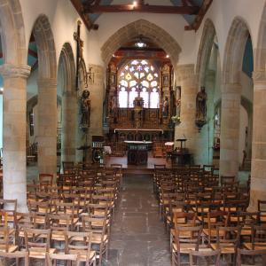 Interieur Eglise St Jacques Pouldavid