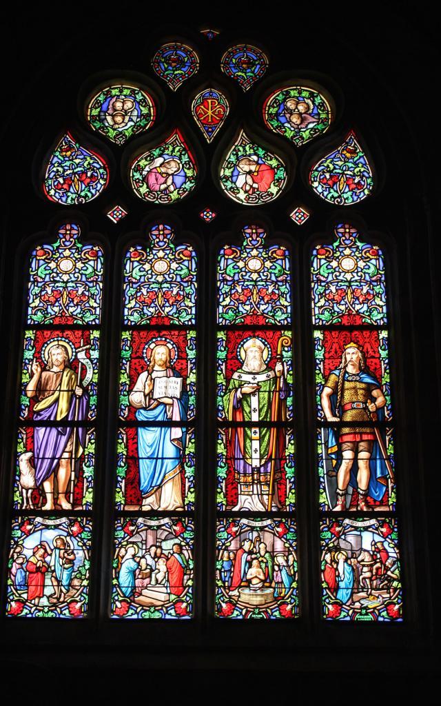 Vitraux De L'eglise Notre Dame Du Juch