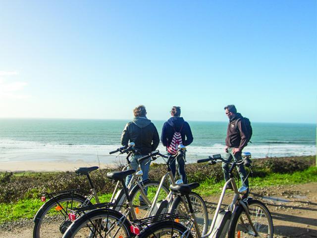 Location De Vélo à Pouldreuzic Plein Ouest Char à Voile