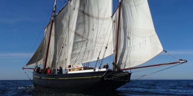Embarquez à Bord Du Corentin Quimper Douarnenez